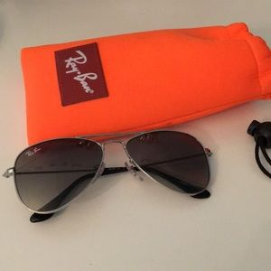 Kids Ray Ban Aviators with case